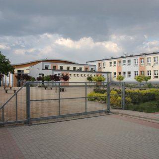 Trojka Pleszew - ZSP nr 3-17